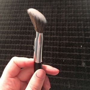 Sephora Makeup - Sephora pro foundation angled brush